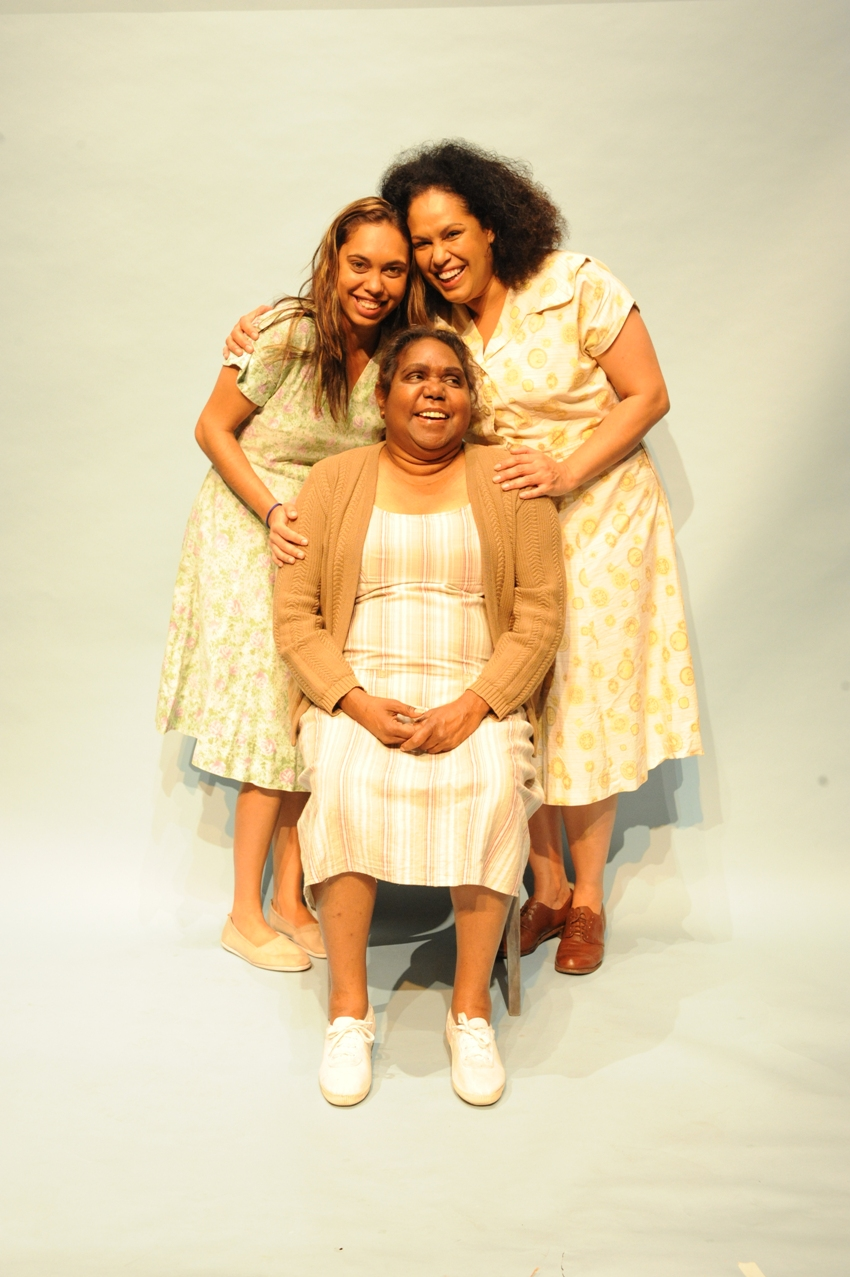 rainbows end dolly errol Rainbow's end is a domestic drama,  gladys (christine anu) and dolly (chenoa deemal), three generations of indigenous women living near shepparton in the 1950s,  i loved the way the romance between errol and dolly was written in the script,.